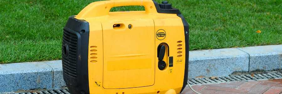 Reviews on the best portable solar generators with a pic of a generator